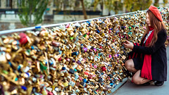 Paris2015_2112 (hitorijun) Tags: paris lockbridge love lock bridge jvene sasaharumi sasa harumi hitorijun    hitori france  autumn