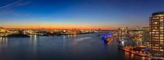 Blick von der Elbphilharmonie Plaza (Dennis Siebert) Tags: dennissiebert elbphilharmonie elbvieh elphie hafen hafencity hamburg plaza wwwshadowandlightde skyline canon 5dmkiv