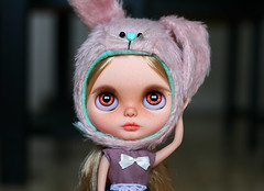 Dylan (zsofianyu) Tags: takara tomy neo blythe doll winterish allure japanese toy artistry custom ooak unique lovely cute bunny dafnery animal rabbit hat helmet handmade clothes outfit bow eyechips eye chips acrylic purple pink indoor photograpy