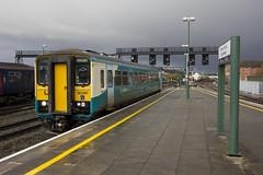 153367 at Cardiff Central (Dai Lygad) Tags: cardiff cardiffcentral trains railways class153 dmu arrivatrainswales uk walesuk caerdydd caerdyddwales photo picture image photograph jeremysegrott