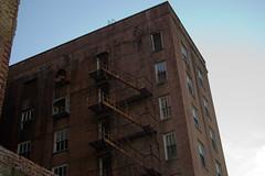 Escape (TastyPrawn) Tags: texarkana texas arkansas abandoned derelict buidling negatovespace creepy
