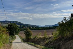 Valle dell'Idice [Explored 06-12-2016] (Daisuke Ido) Tags: campagna country idice colline hills strada road alberi trees nuvole clouds