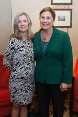 Cathy Rozmus and Dr. Susan Ruppert at the PARTNERS Fall Coffee. (UTHealth) Tags: uthealth school nursing partners fall coffee 2016 houston texas university health science center