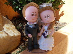 Noivinhos by Biscuit da Mad (Biscuit da Mada) Tags: biscuit casamento noivinhos porcelanafria topodebolo