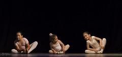 Ballet peque, molt peque (Pep Lopez) Tags: ballet la dance danza salt infantil dansa mirona