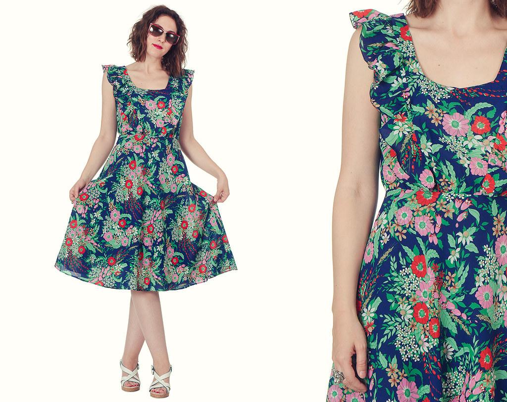 25e36d4f1e76 70s Navy Floral Dress   Ruffled Colorful Mid Dress   Prairie Boho Dress  (MammasChest)