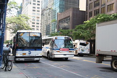 MTA New York City Bus: RTS NovaBus #5220 M57 @ W. 57th Street ...