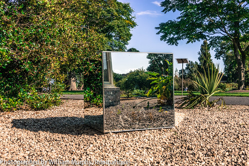 Mirror Cube By Aoife Bambury - Sculpture In Context 2013