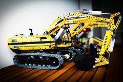 IMG_1531.jpg (bodsi) Tags: canon toys lego camion technic 7d jouet grue détail caterpilar jeux legotechnic eos7d bodsi