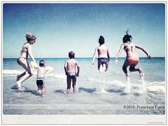Berchida 2013_Bob_Skin_Clean (Francesco Carta) Tags: family girls sea summer people italy motion men tourism beach boys water horizontal fun outdoors photography togetherness jumping women europe day sardinia child adult sister brother daughter mother wave son tourist males coastline watersedge holdinghands females rearview activity limb playful va
