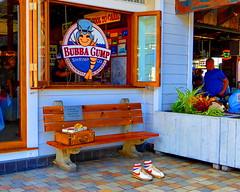 HBM! (peggyhr) Tags: bench hawaii forrestgump boxofchocolates alamoanashoppingmall peggyhr coloremiomondo ♪•lamiasonata lespacedevie p1050014a