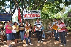 Paulistnia 2014-01-29 - Posse da terra da Fazenda Tropical para o INCRA (34) (Ana Perugini) Tags: pt assentamento paulicia anaperugini