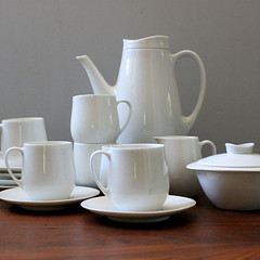 Mocha. (Kultur*) Tags: white men coffee set modern century vintage ceramic style bowl sugar pot cups mocha espresso 1960s mad serving mid creamer midcenturymodern midcentury mcm demitasse vintagehousewares midmod