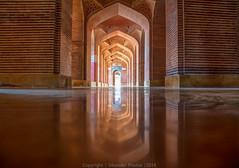 Shah Jahani Mosque (Sikander Sarwari) Tags: pakistan reflections ancient mosque karachi sindh shah thatha sikander jahani sarwari