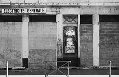 guillotiere (17) (Lyon2024) Tags: old urban france shop europe magasin commerce lyon decay rhne boutique derelict ville enseigne urbanisme dcrpitude rhnealpes dlabrement lyon2024 commerceabandonn