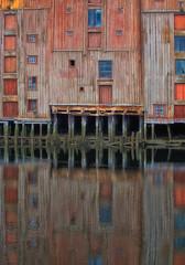 Reflecting (Frank Tommeraas) Tags: wharves bryggene nidelva trondheim norway reflections speiling pentaxk3