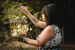 (MaiDart) Tags: mulher natureza margarida gaiola