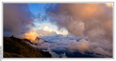 Fin d'aprs midi nuageux (L'Abominable Homme de Rires) Tags: cloud nepal trek atalante tamron 2470mmf28 canon 5dmkiii himalaya nuage annapurna montagne montain sunset