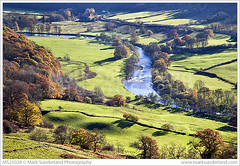 Swaledale from Willances Leap ( Mark Sunderland www.marksunderland.com) Tags: travel uk unitedkingdom gb greatbritain britain england yorkshire northyorkshire richmondshire richmond riverswale swale swaledale swalevalley willancesleap view countryside scene scenic viewpoint yorkshiredales dales dale valley river bend curve autumn britishisles europe northernengland ukengland
