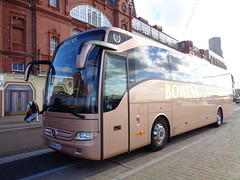 BO66AVY Bowens on Blackpool Promenade (j.a.sanderson) Tags: bo66avy bowens blackpool promenade mercedes benz tourismo registered new september 2016 chassis number web63241523000579 birmingham coach coaches