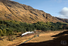 Peppercorn K1 No. 62005 - Glenfinnan (Jonathon Gourlay Photography) Tags: glenfinnan k1 62005 jacobite autumn west highlands flickrunitedaward