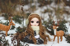 oh deer! (e f i c h u °) Tags: pullip doll classical white rabbit obitsu luts wig rewigged brown brunette new chips eyes rechipped coolcat winter finland deer forest woopwoop whydoibothertaggingthesesodetailed