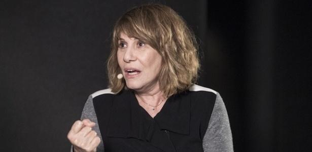 """""""Tenho muito medo de entrar em cena"""", diz Renata Sorrah"""