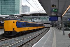 ICMm 4045 (f O h O) Tags: nederland trein station icm koploper utrecht centraal