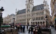 Grand Place.... (Jurek.P) Tags: brussels bruksela belgium grandplace tourists capitalcity architecture cityscape city jurekp sonya77