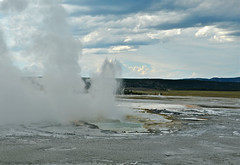Geysers in Yellowstone National Park (cowboy6688) Tags: yellowstonenationalpark geyser hotspring