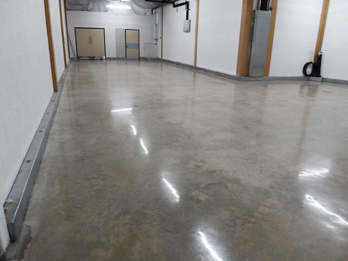 DiamondFlor™ Aldi polished concrete 8