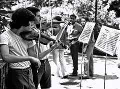 Violinists, Central Park, NYC by Rossano (BudCat14/Ross) Tags: newyorkcity people musicians centralpark