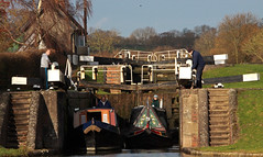 Navigation of the locks 2 (Trev Earl) Tags: water canon canal lock northamptonshire narrowboat waterway grandunioncanal stokebruerne 50d ilobsterit