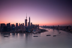 Lujiazui (HIKARU Pan) Tags: city horizontal skyline sunrise landscape photography asia cityscape shanghai aerialview wideangle landmark pudong lujiazui huangpuriver china1 orientalpearltvtower 1dx canonef1635mmf28liiusm eos1dx