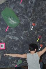 NYR_2621 (WK photography) Tags: chalk guelph climbing bouldering grotto rockclimbing chalkbag rockshoes bouldernight guelphgrotto