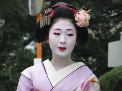 / Maiko in Narita-san - Neyagawa, Osaka (Ogiyoshisan) Tags: woman japan japanese kyoto traditional maiko   osaka kimono neyagawa  setsubun  naritasan