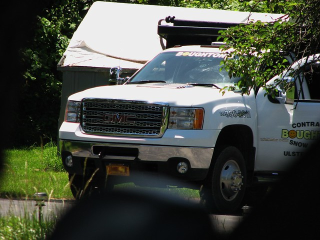 auto trees summer usa ny newyork yard america truck outside us automobile gm unitedstates 4x4 dumptruck headlights grill driveway vehicle newyorkstate hd frontyard 213 neighbourhood nys nystate frontend generalmotors hudsonvalley 2014 2door worktruck newtruck stremy ulstercounty twodoor motorvehicle americantruck whitetruck midhudsonvalley ulstercountyny gmtruck ustruck 3500hd 2010s rt213 route213 gmcdumptruck stremyny townofesopus richie59 gmc3500hd townofesopusny summer2014 june2014 june202014 2010struck