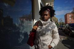 Sassuolo, 2016 (Antonio_Trogu) Tags: italia italy emiliaromagna donna woman urban candid streetphotography antoniotrogu ricohgr 2016 sassuolo