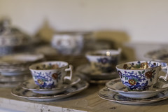 37/52: Time for a cuppa (judi may) Tags: project52 dof depthoffield bokeh teaset cupsandsaucers crockery china table wood plates canon7d 50mm