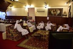 DSC_5566 Dama game party. Doha Qatar (Santiago Sanz Romero) Tags: dama game qatar doha people juegodedamas damagame juego gente qataris