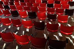 Stoelendans (Bram Meijer) Tags: stoel stoelen chair chairs rood red museumvoorlinden voorlinden wassenaar nederland netherlands kraaijvanger