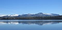 6230 Snow and reflections of Eryri (Andy - Busyyyyyyyyy) Tags: 20161126 cymru mmm mountains