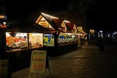 Nuremberg.... (Jurek.P) Tags: nuremberg germany bavaria street streetscene oldtown city night nightcity nightshot lights stall fair jurekp sonya77