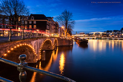 Oh Oh Amsterdam (Allard Schager) Tags: 2016 amsterdam nederland noordholland allardschager nikond810 nikkor1635mmf4 magerebrug skinnybridge dusk twilight longexposure architecture famousplace landmark dutch holland amstel amstelriver canal bridges archbridge illuminated cityscape autumn river november