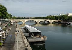 Bistrot Alexandre III (eutouring) Tags: paris france city life citylife pariscitylife travel bistrot bistrotalexandreiii bridge floating restaurant floatingrestaurant