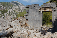 2016-10-11_Canon_039118 (l0pht) Tags: 2016 october olimpos ruins sea turkey anatolia antik bay beach beautiful beauty buildings cliff coastline east edge history journey landscape lycia mediterranean mountain mountains nature outdoors place road rock rocks rocky seascape travel çıralı чирали чиралы
