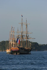 Golfe du Morbihan,  proximit de Port-Blanc  Baden (bobroy20) Tags: morbihan france brittany bretagne golfedumorbihan semainedugolfe2015 mer grement navire bateau mt