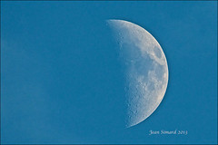 Waxing Crescent Moon 43% Of Full (Jeannot7) Tags: moon lune luna waxingcrescent 43offull