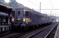 065  Liege - Guillemins  08.10.79 (w. + h. brutzer) Tags: analog train nikon eisenbahn railway zug trains et belgien eisenbahnen triebwagen sncb liegeguillemins triebzug triebzüge webru