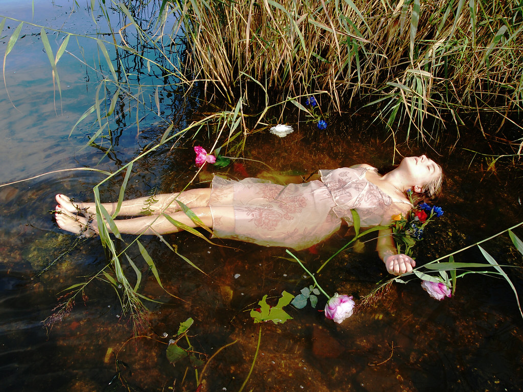 the world s best photos of dead and drowning   flickr hive